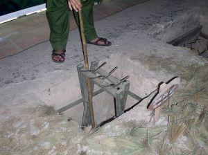 Vietnam_war_booby_traps_06