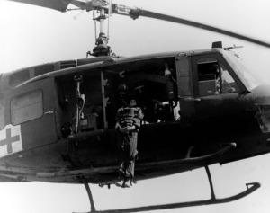 UH-1MEDIVAC151ST MED BN, 1ST CAV