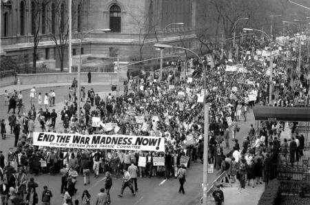 ANTI-VIETNAM WAR PROTESTERS