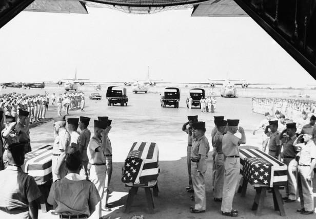 Vietnam South U.S. Dead