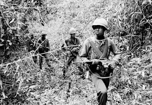 U.S. PATROL VIETNAM WAR