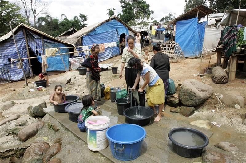 140815-hmong-refugee-inline1_7d0b3a4e70405ef184fa9cd245db45c6.nbcnews-ux-800-600