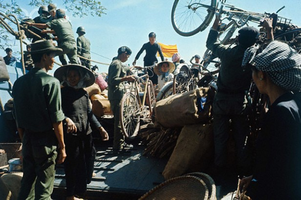 14 Jan 1967, Ben Suc, South Vietnam --- Vietnamese Refugees Getting Ready for Relocation --- Image by © Bettmann/CORBIS